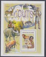 Guinée BF N° 298 Scoutisme Et Nature : Scout Avec Lionceau, Le Bloc Sans Charnière, TB - Guinea (1958-...)