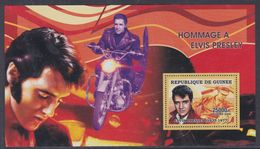 Guinée BF N° 323 XX Personnalité : Elvis Presley : Portrait Dont Un à Moto, Le Bloc Sans Charnière, TB - Guinea (1958-...)