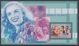 Guinée BF N° 325 XX Personnalité : Marilyn Monroe: Avec Arthur Miller Et Portrait De Kennedy, Le Bloc Sans Charnière, TB - Guinea (1958-...)
