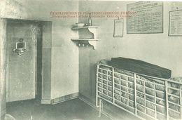 Prison De Fresnes (94) : Intérieur D'une Cellule Ordinaire, Côté De Gauche - Bagne & Bagnards