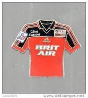 PINS PIN'S FOOT FOOTBALL EAG GUINGAMP BRIT AIR AVION EGF - Football