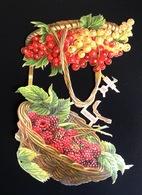 Superbe 2 Chromos Découpis Gaufré Fruit été Panier Groseilles Framboises - Immagine Tagliata