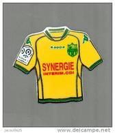 PINS PIN'S FOOT FOOTBALL  FCN NANTES ATLANTIQUE FCNA  MAILLOT SYNERGIE EGF - Football