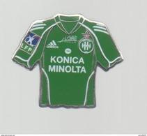 PINS PIN'S FOOT FOOTBALL ASSE SAINT ETIENNE LOIRE MAILLOT KONICA MINOLTA - Football