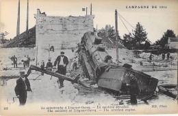 EVENEMENTS - CATASTROPHE - LIZY SUR OURCQ Après La Catastrophe ... La Machine ( Train Locomotive ) Déraillée - CPA - Rampen