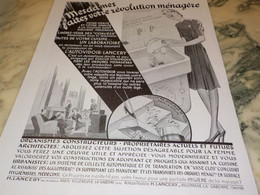 ANCIENNE PUBLICITE MESDAME REVOLUTION MENAGERE AVEC AUTOVIDOIR LANCERY  1941 - Advertising