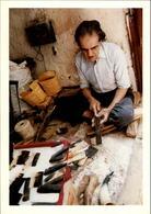 MAROC - FEZ - Fabricant De Peignes En Corne - 1989 - Photo: KERVINIO - Fez (Fès)