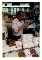MAROC - FEZ - Marchand De Nougats - 1989 - Photo: KERVINIO - Fez (Fès)