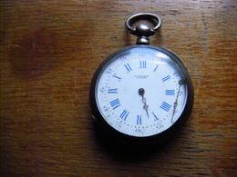 Ancienne Montre à Gousset En Argent Poinçon Crabe à Restaurer Horloger Huret Au Chatelet - Horloge: Zakhorloge
