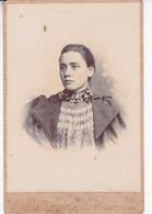 MUJER WOMAN FEMME VINTAGE PHOTO CHUTE & BROOKS CIRCA 1900's. SIZE 17x11CM- BLEUP - Personnes Anonymes