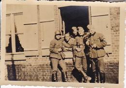 Foto Gruppe Deutsche Soldaten - RAD - 2. WK - 8*5cm (35717) - Krieg, Militär