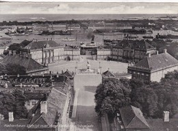 COPENHAGEN. VIEW OVER AMALIENBORG PALACE COURTYARD. RUDOLF OLSEN. CIRCA 1940's- BLEUP - Denemarken