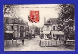 LAMBALLE SORTIE DE GARE HOTEL ANIME 1908 (1 TRES LEGERE CORNURE SINON TTB état) ..918) - Lamballe