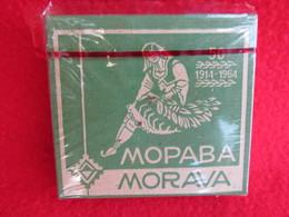 TOBACCO VINTAGE CARDBOARD BOX  MORAVA - FACTORY NIŠ SERBIA WITH CIGARETTES INSIDE - Contenitori Di Tabacco (vuoti)