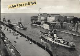 Convoglio Navale Taranto Puglia Corvette Al Passaggio Canale Navigabile Taranto Anni 50/60 - Guerra