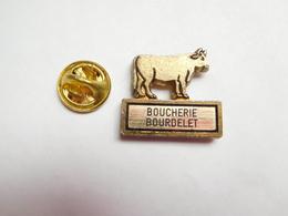 Beau Pin's  , Boucherie Bourdelet , Vache , Bœuf , Bovin - Animals