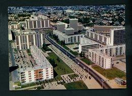 CPM: - 86 - CHATELLERAULT - VUE AÉRIENNE , LA CITÉ DE LA PLAINE D'OZON - Chatellerault
