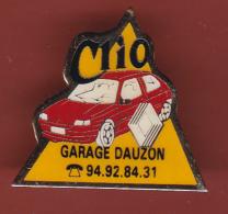 53204- Pin's-Automobile.renault Clio Garage Dauzon .Toulon. - Renault