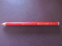 Crayon  - TELEVISION - Couleur Rouge - Réf.649 - Baignol & Farjon France - Neuf - Corps Uni Et Octogonal - Voir 3 Photos - Autres Collections