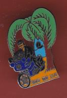 53220-Pin's-BMO GM 21.6.Gendarmerie.moto.motard.signé Beraudy - Police