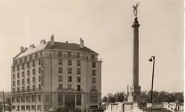 CAEN : Hôtel Malherbe (+ Monument Aux Morts) - Caen