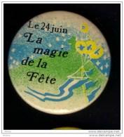 ##19, Canada, Fête Nationale Du Québec, Ballon, Balloon, Quebec Day, Saint-jean Baptiste - Unclassified