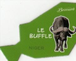 MAGNETS     PUBLICITEE   BROSSARD  SAVANE   ANIMAL D'AFRIQUE   LE BUFFLE - Animals & Fauna