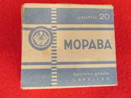 TOBACCO VINTAGE CARDBOARD BOX  MORAVA - FACTORY SARAJEVO YUGOSLAVIA WITH CIGARETTES INSIDE - Contenitori Di Tabacco (vuoti)