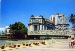 Fullerton Building - Singapore - The General Post Office And Other - Formato Grande Non Viaggiata – E 6 - Singapore