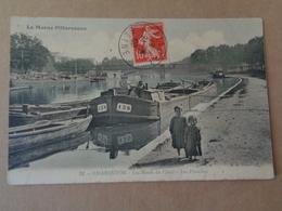 CHARENTON : Les Bords Du Canal , Les Péniches ,n°22 - France