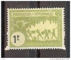 MADAGASCAR TIMBRE FISCAL  1F TRACES DE ROUSSEURS * - Autres