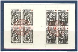 CARNET CROIX ROUGE DE 1961 OBLITERE PJ EN ROUGE DE BOURGES - Libretti