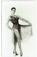 Carte Photo - MICHELE MERCIER - Actrice - Chanteuse - Artiste - Cinéma - Star - Sexy - Pin Up - Célébrité - Chanteurs & Musiciens