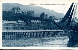 N°63674 -cpa Fécamp -terre Neuvier Sortant Du Port- - Fécamp