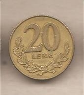 Albania - Moneta Circolata Da 20 Leke - 2000 - Albania