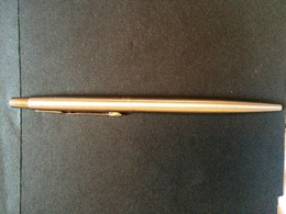 STYLO A BILLE PARKER-MADE IN FRANCE - Stylos