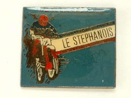 PIN'S MOTO - LE STEPHANOIS - Motorbikes