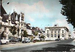Saumur L'hotel De Ville Et Le Theatre 1964 CPM Ou CPSM - Saumur