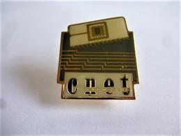 PINS FRANCE TELECOM CNET / Base Dorée / 33NAT - France Telecom