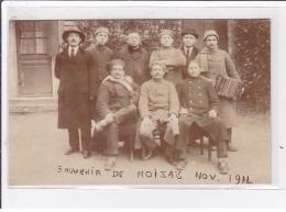 NOIZAY : Carte Photo De Militaires (accordéon)- Très Bon état - France