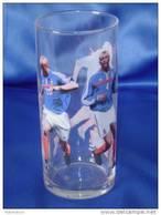 "Verre ""EQUIPE DE FRANCE FOOTBALL"" Coca Cola - Mac Donald. Modèle 1. - Mugs & Glasses"