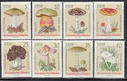 DDR 1974  - Europ. Giftpilze  MiNr: 1933-1940 Komplett Feinst ** / MNH - Pilze