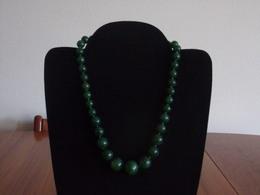 Collier Fantaisie Ras-du-cou Perles Plastiques Vertes ( 22 Cm ) - Bijoux & Horlogerie