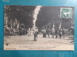 CPA - VILLENEUVE-sur-LOT - Le Boulevard St-Cyr Et Le Marché Aux Prunes - La Prune D'ente N° 4 - Villeneuve Sur Lot