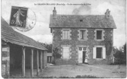 LE GRAND CELLAND .... ECOLE COMMUNALE - France