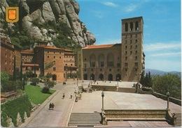 CPSM ESPAGNE MONTSERRAT Façade Et Place Du Sanctuaire - Spanje