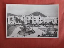 RPPC---- Palace Of Gobierno  Lima  Peru    Ref 3011 - Peru