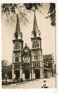 CPA   Vietnam  :   SAIGON   La Cathédrale     A   VOIR  !!! - Viêt-Nam