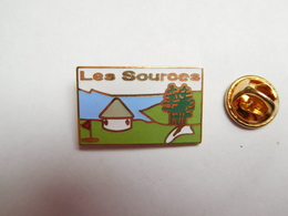 Beau Pin's En EGF , Les Sources , Golf , Niozelles ?? Alpes De Hautes Provence ?? - Golf