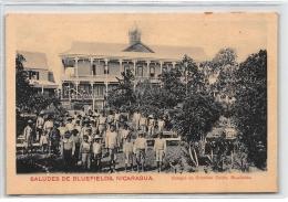 NICARAGUA : Saludes De Bluefields, Colegio De Cristobal Colon, Bluefields - Tres Bon Etat - Nicaragua
